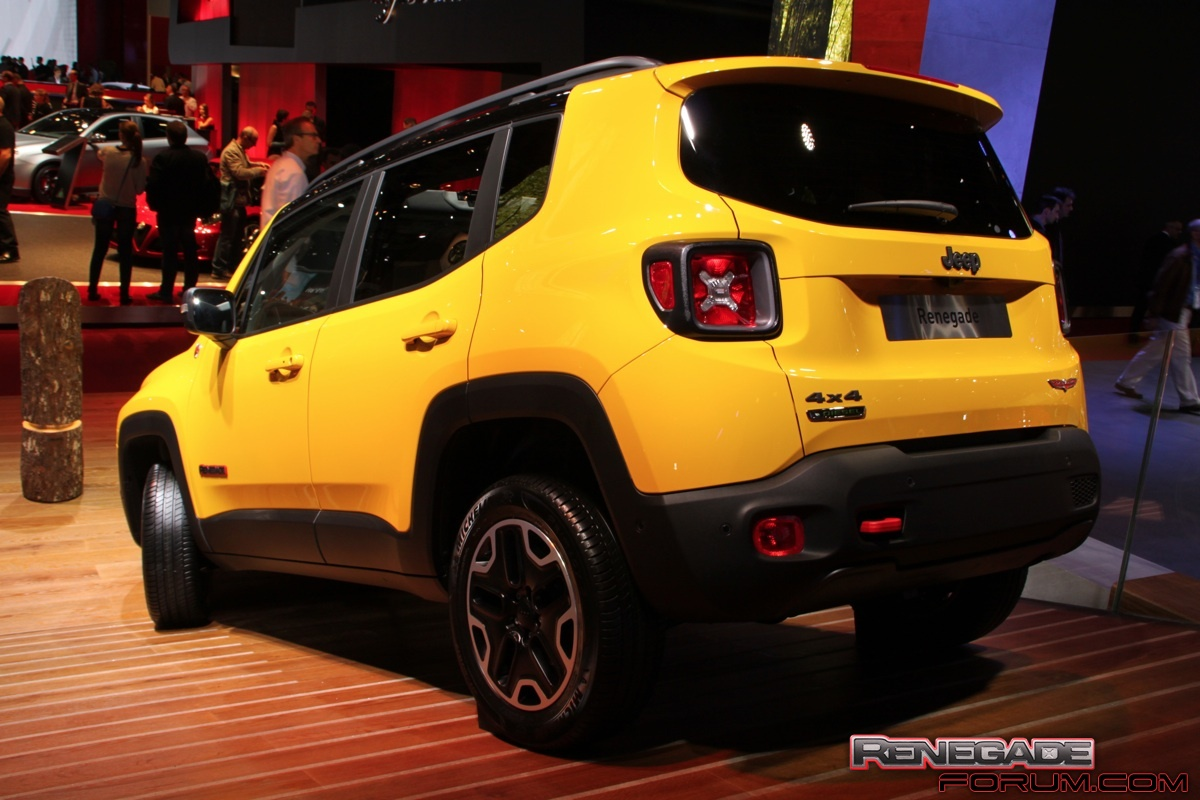 solar yellow jeep renegade rear jeep renegade forum. Black Bedroom Furniture Sets. Home Design Ideas